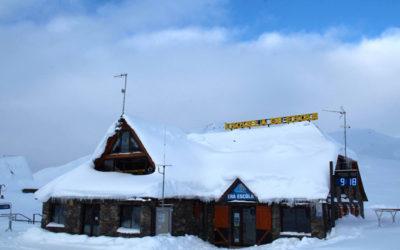 La neige encore présente dans Baqueira Beret