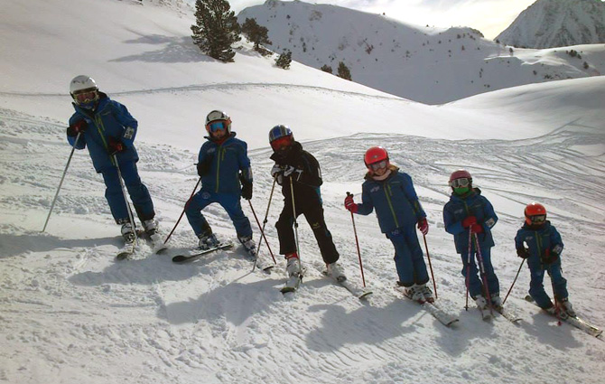 Special offer ski lessons for beginners and companions - Era Escòla ... 298c42925