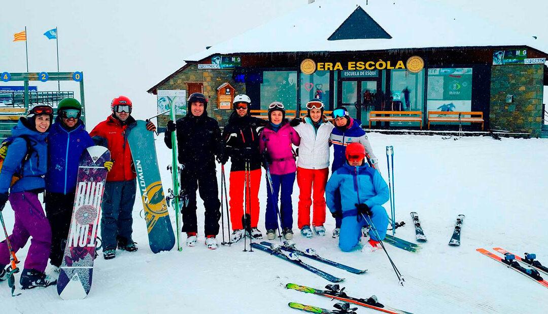Un día de esquí en familia en Baqueira Beret